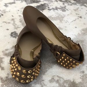 Be&D NY Taupe Gold Studded Leather Flats 37.5